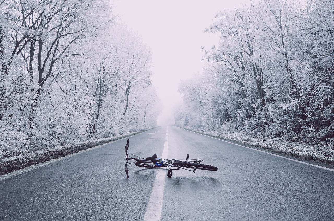 Jak se nenechat srazit autem na kole