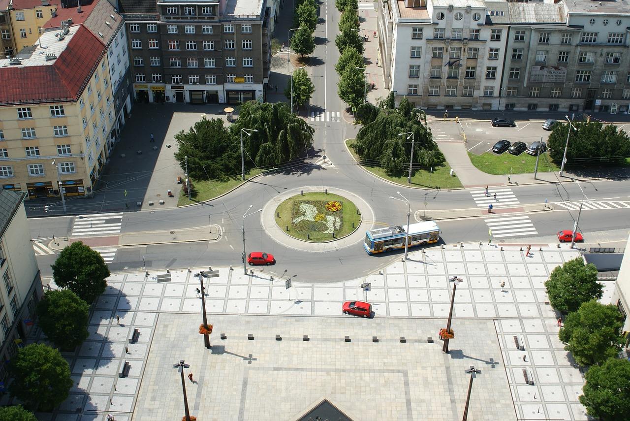 Centrum Ostravy díky předzahrádkám na náměstí opět žije