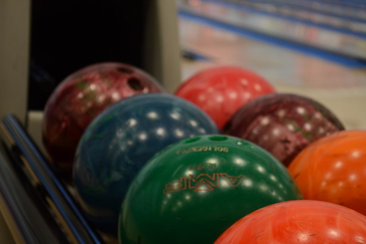 Zajděte si na Valentýna na bowling.